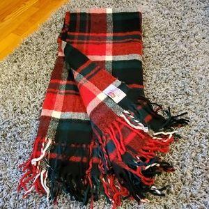 TROY Leisure Plaid Blanket